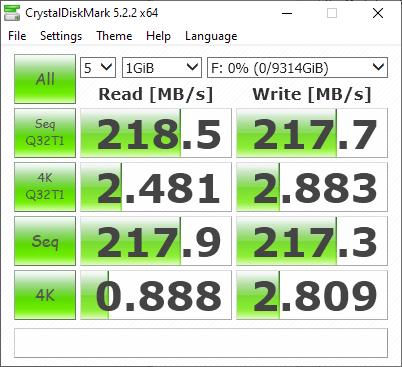 Shucked WD 10TB EMAZ CrystalDiskMark benchmark