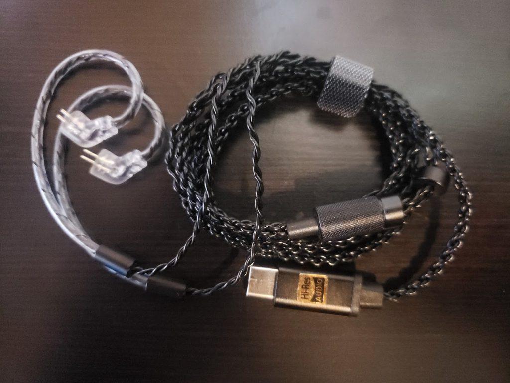 El cable USB-C a 2-pin de Hidizs