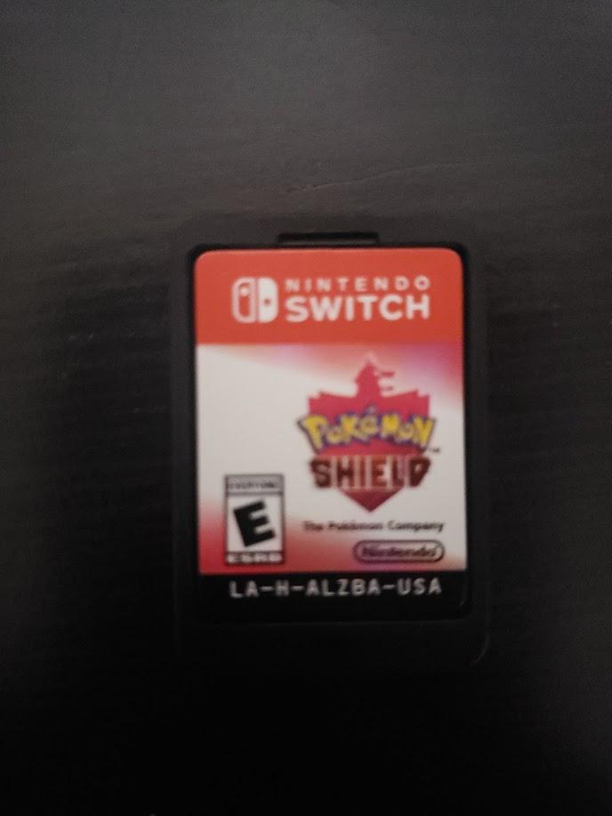 Pokémon Shield - Juego