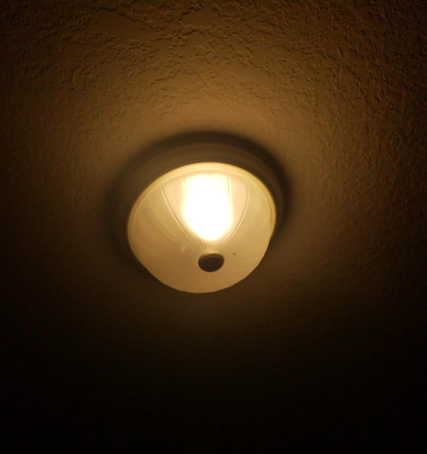 Techin Wi-Fi Smart Bulb