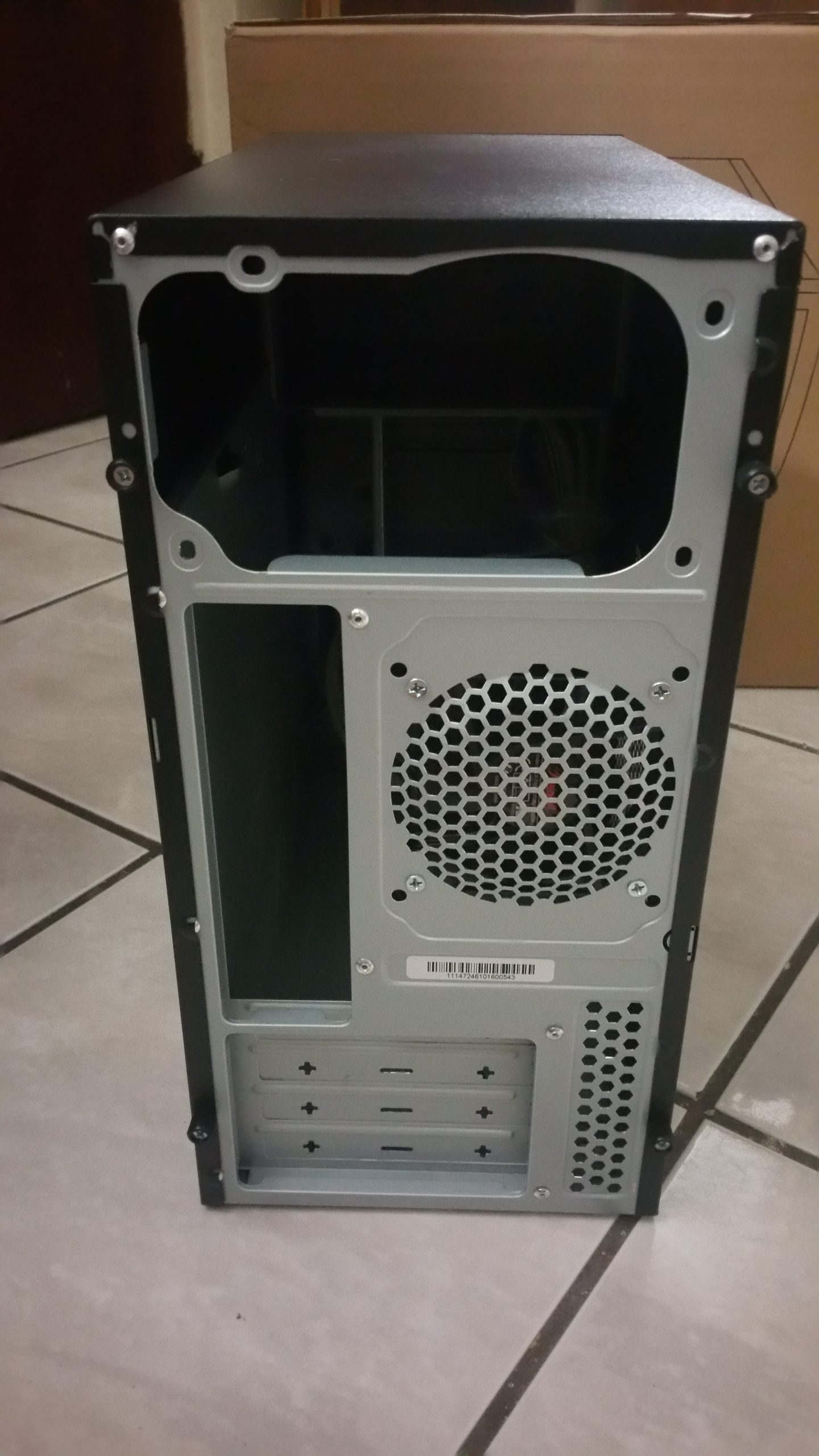Rosewill FBM-05 Back