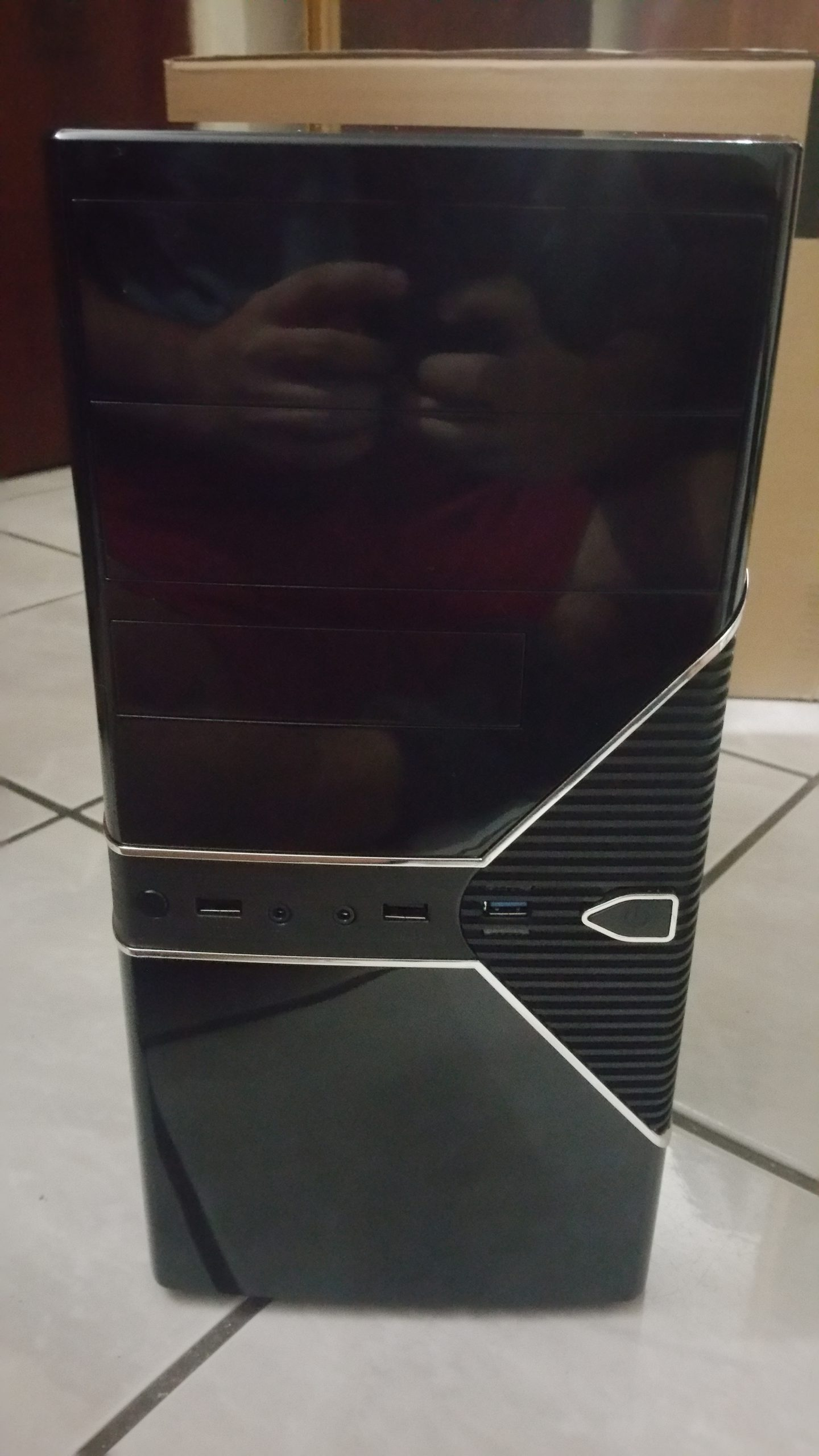 Rosewill FBM-05 Front