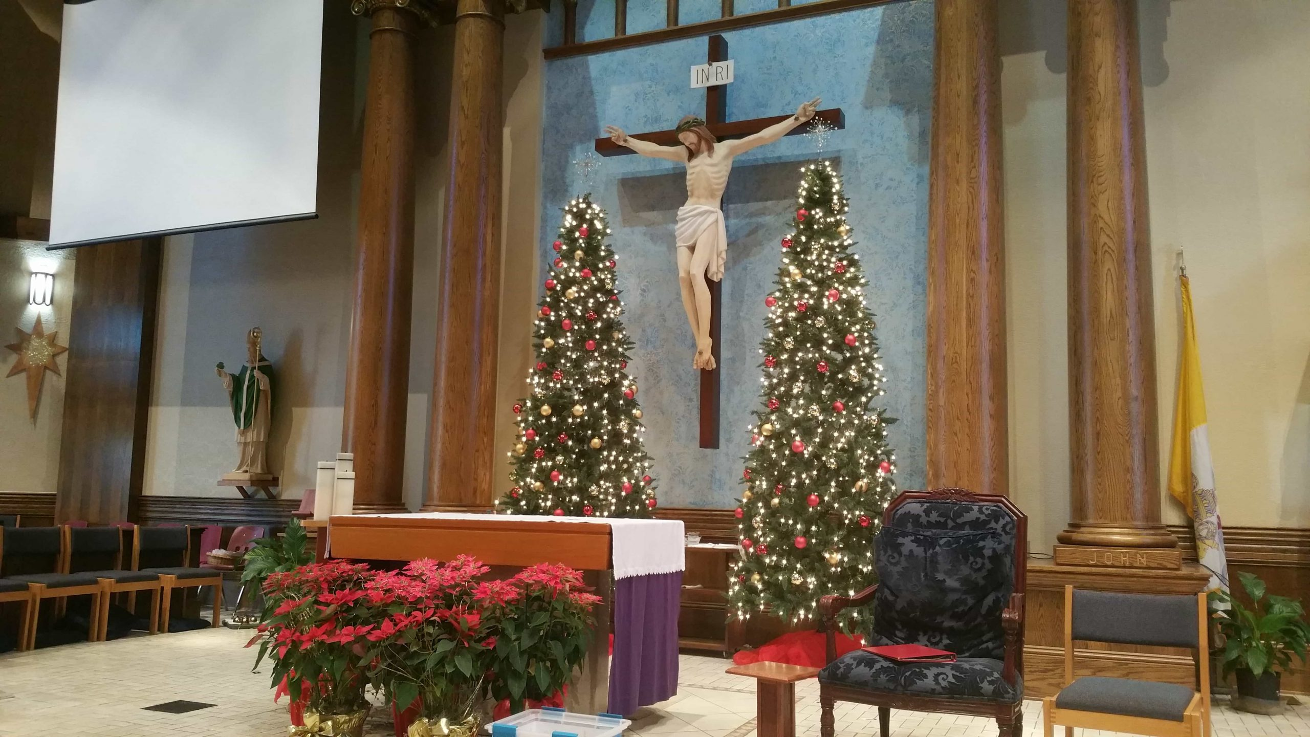 Blessed Trinity Christmas Decorations 2017 - 2