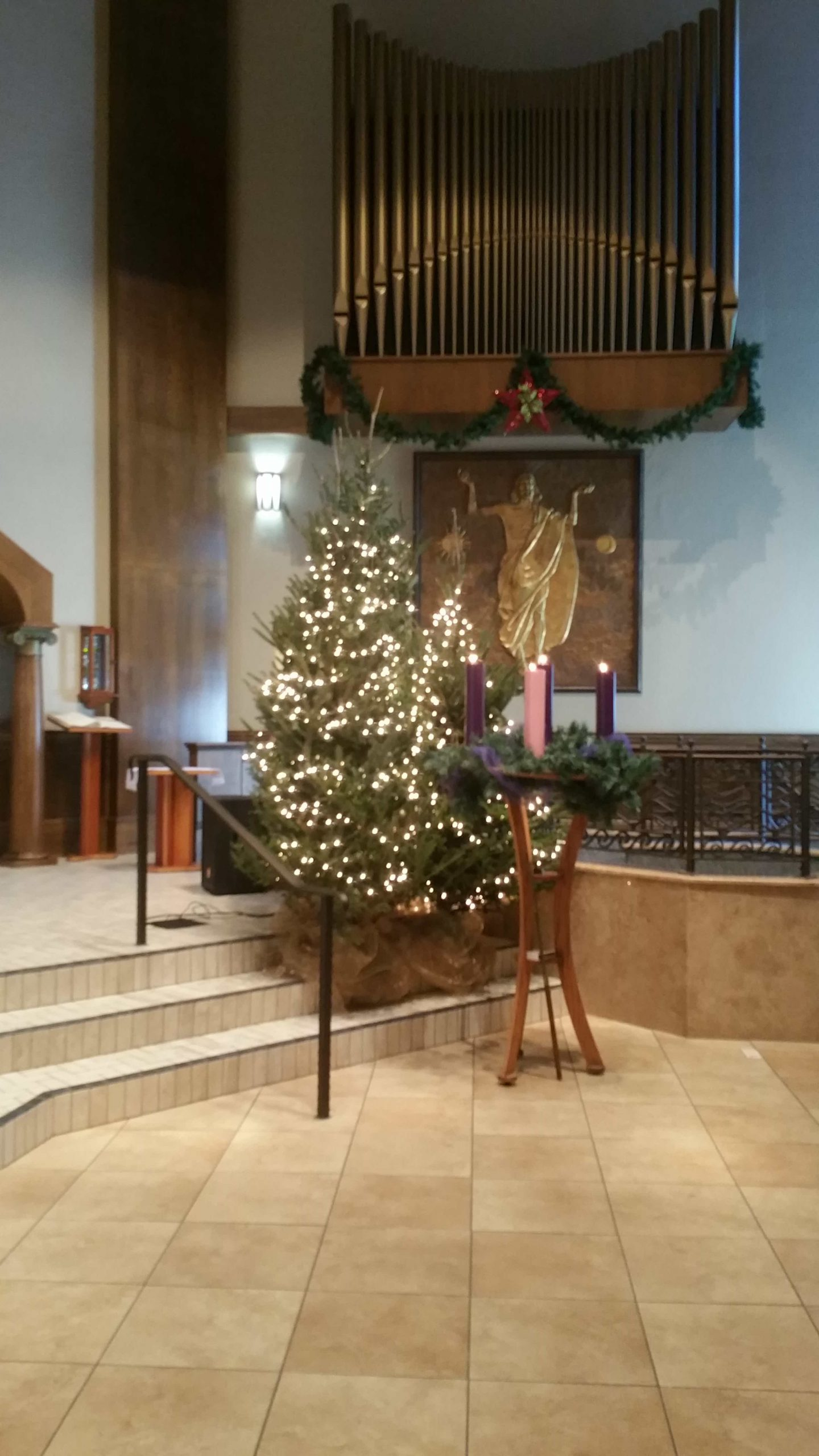 Blessed Trinity Christmas Decorations 2017 - 3