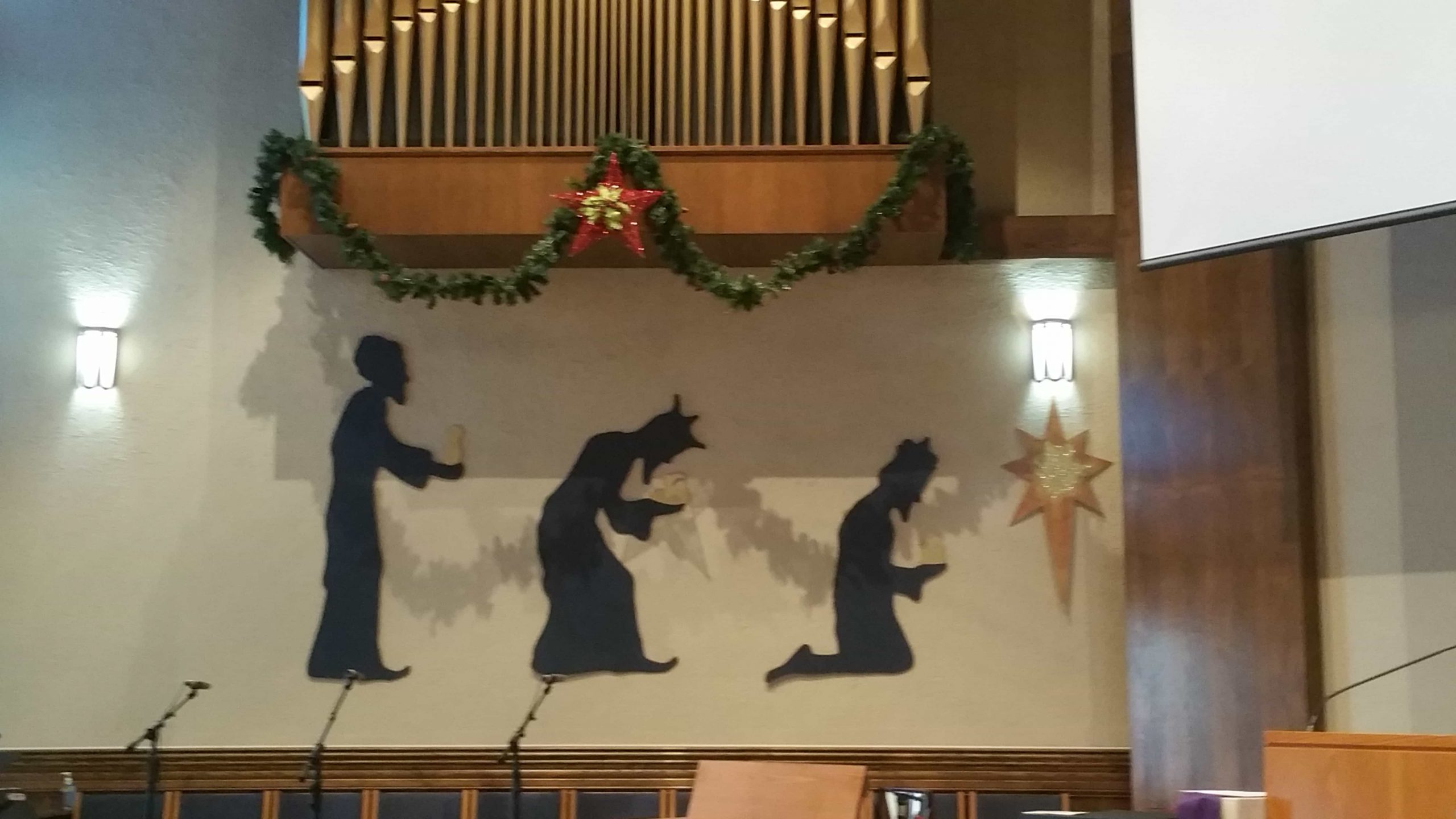 Blessed Trinity Christmas Decorations 2017 - 5
