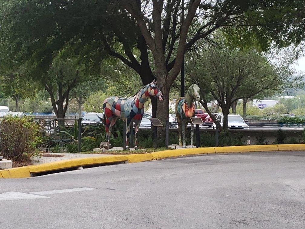 Horses monument in Ocala - Munroe Regional Hospital