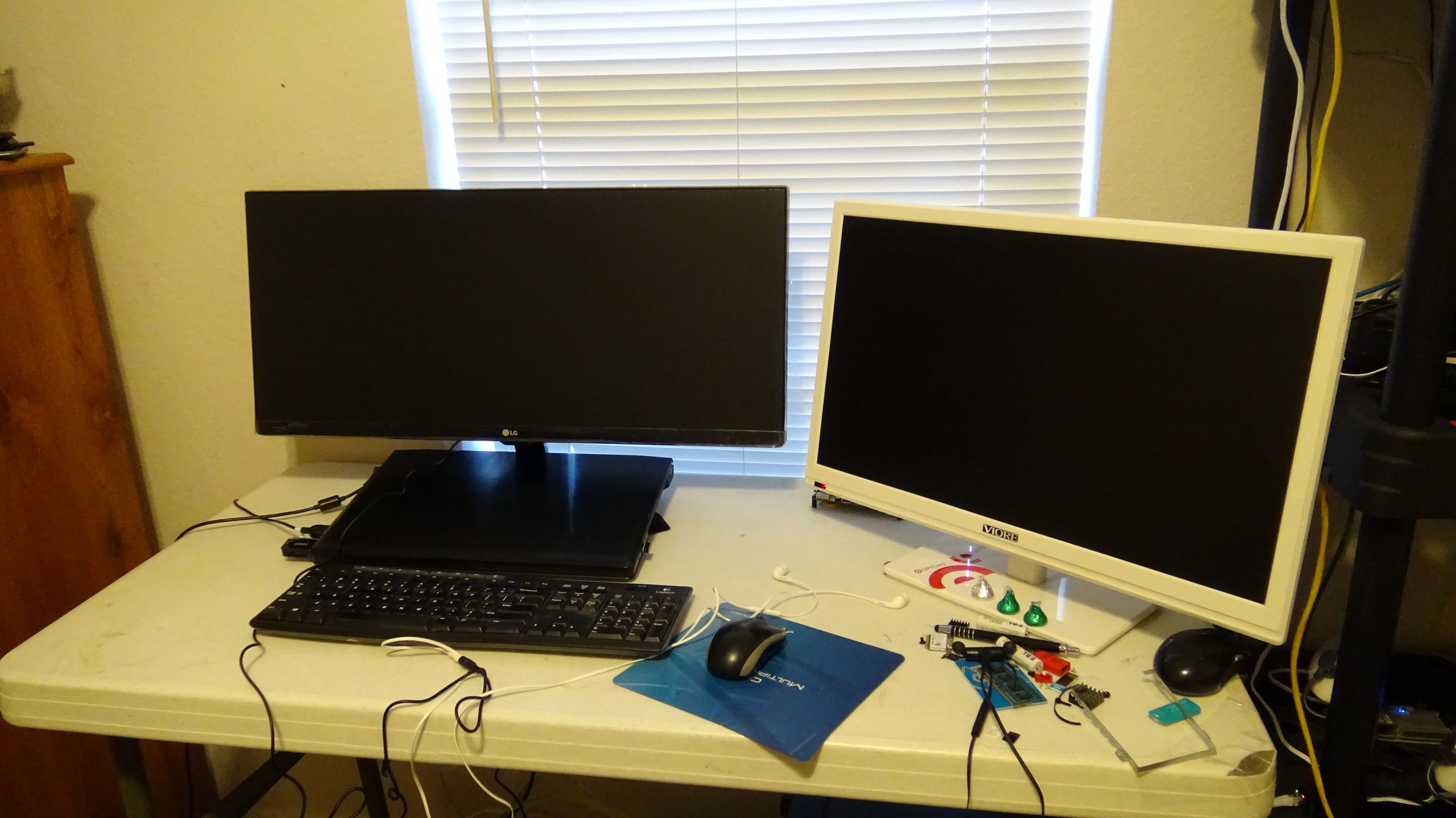 LG 29UM68-P UltraWide IPS Monitor - 37