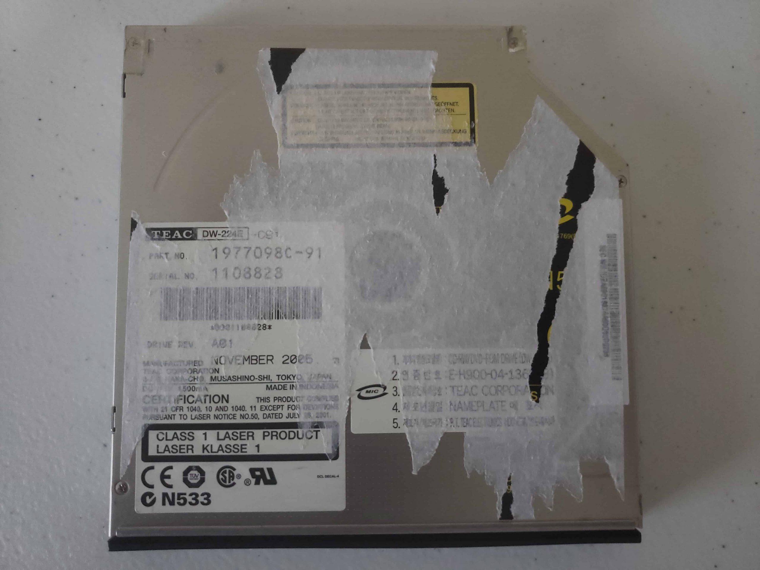 M Way External DVD Drive - Colorful Flame Pattern - Teardown - 8