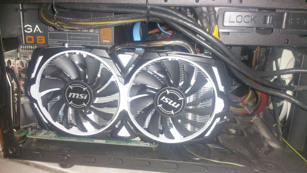 MSI Radeon RX 570 Armor 4GB OC - 3