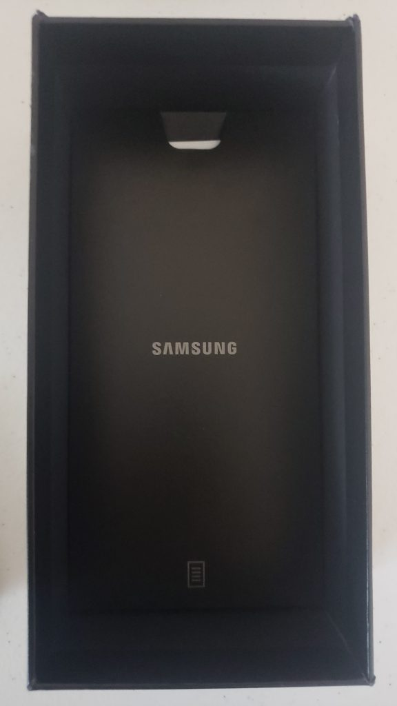 Samsung Galaxy S20 Ultra 5G Unboxing - 12