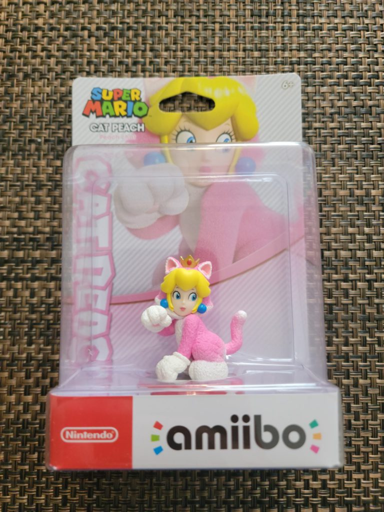 Cat Peach Amiibo 1