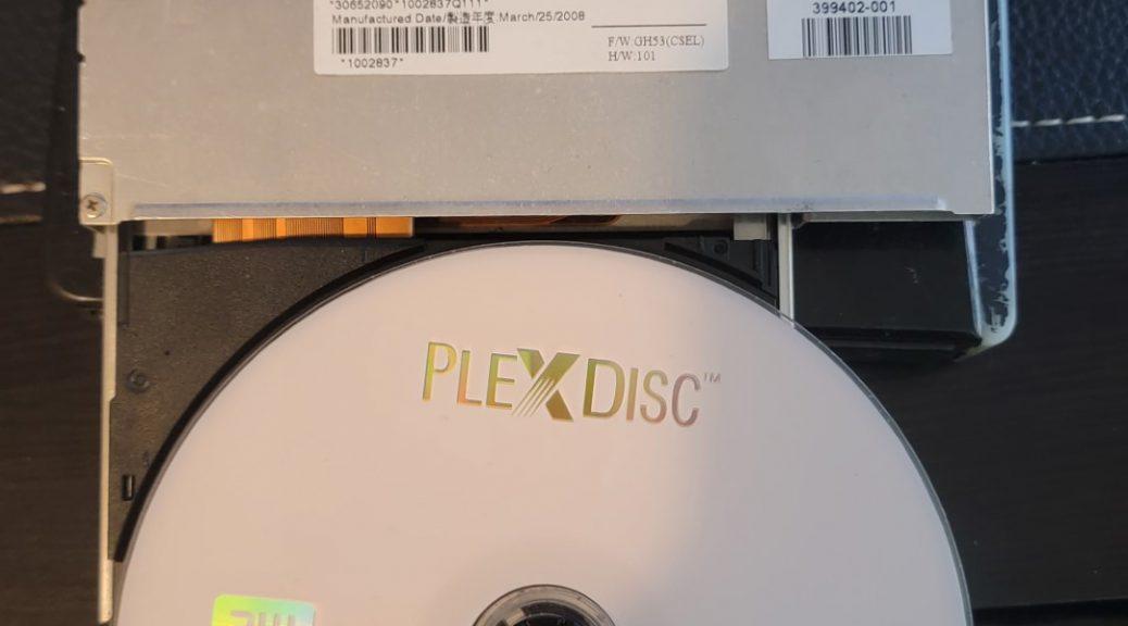 Optiarc AD-7561A with PlexDisc DVD+R