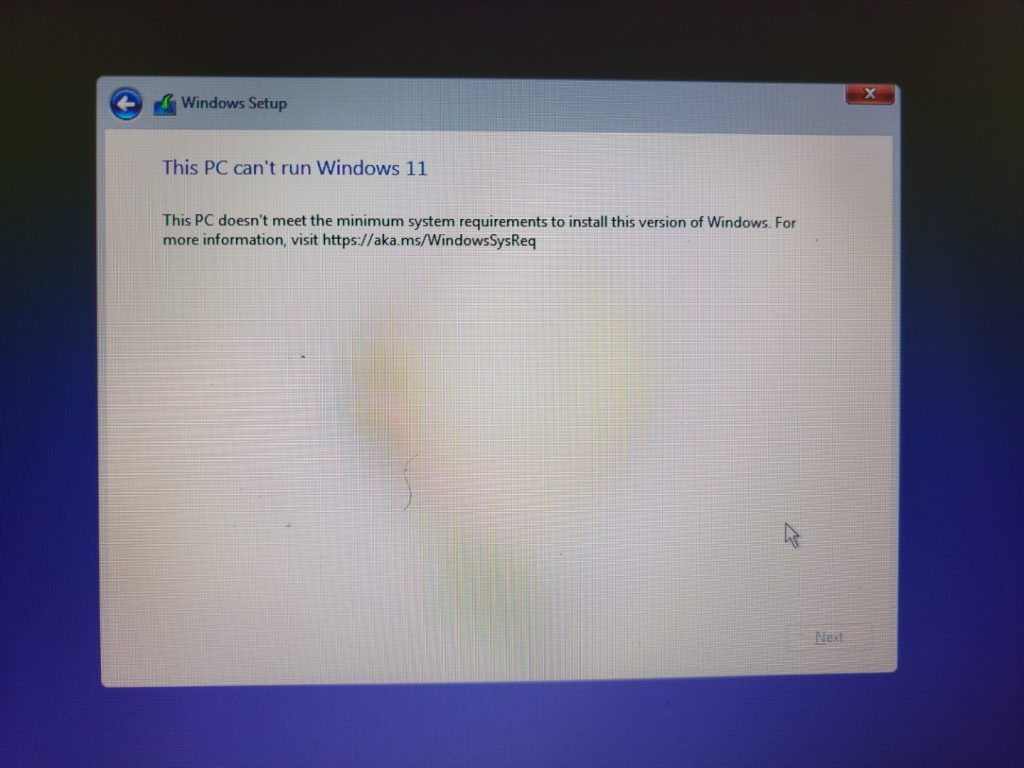 Attempting to install Windows 11 build 21996 4