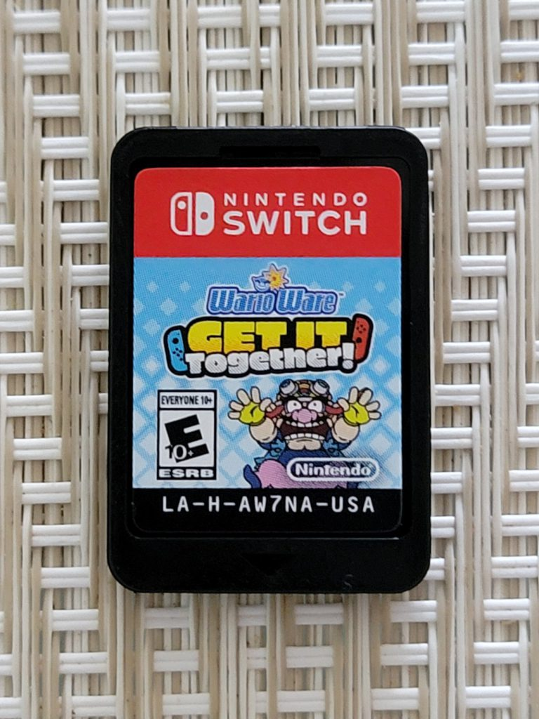 Game Cartridge of the Nintendo Switch game Wario Ware: Get It Together